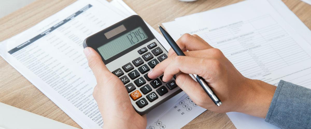 Calcula la tasa de interés de un préstamo