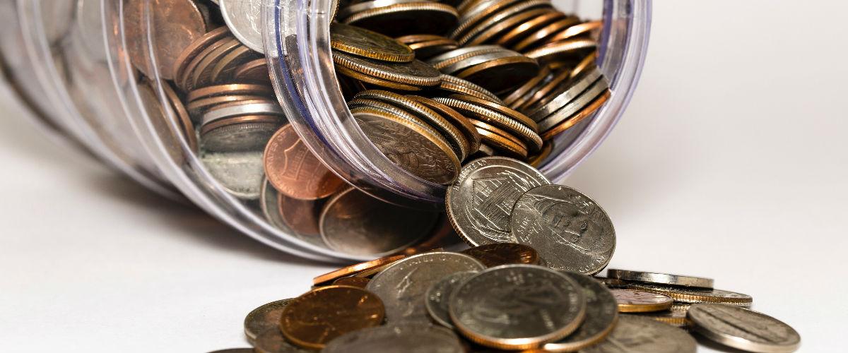 ¿Cómo ahorrar cuando tienes deudas?